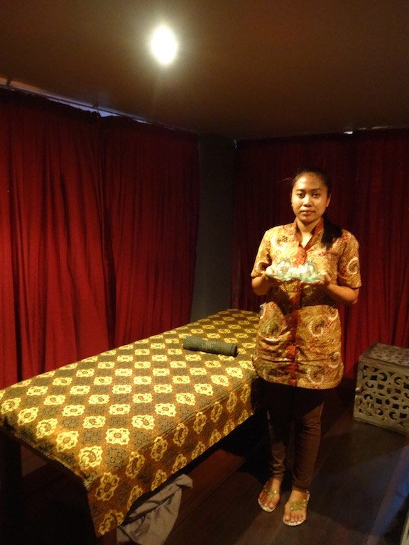 angela-asia-bali-luxury-travel-blog-best-bali-honeymoon-package-villa-mathis-romantic-seminyak-116