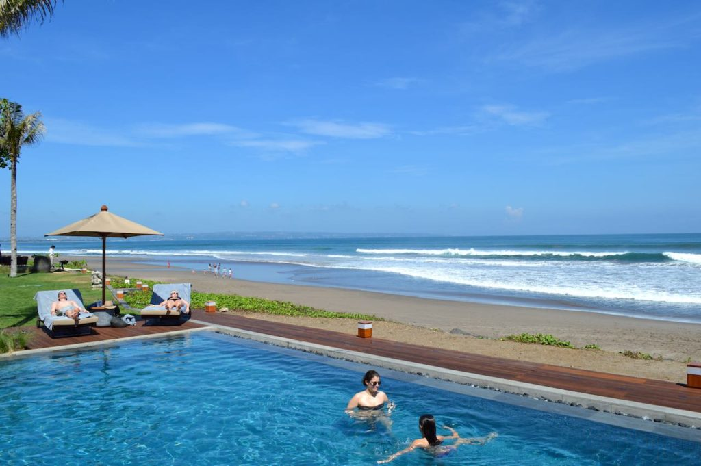 best-5-star-hotel-alila-seminyak-bali-beach-spa-holiday-angela-carson-luxury-bucket-list-63