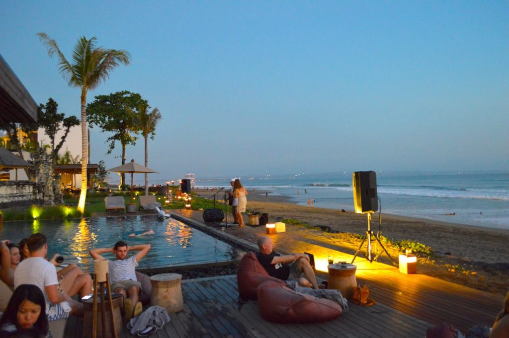 best-bar-sunset-session-on-the-beach-alila-seminyak-bali-angela-carson-luxury-bucket-list-9