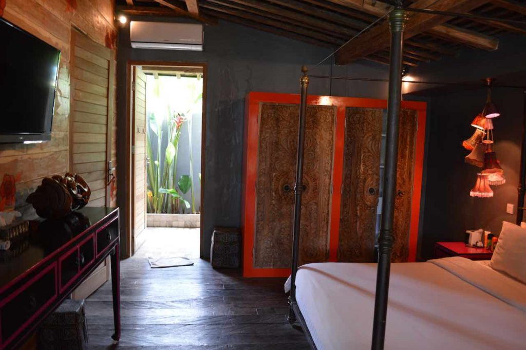 best-bali-villa-gambar-the-bali-agent-6-people-3-bathroom-bedroom-cheap-umalas-25